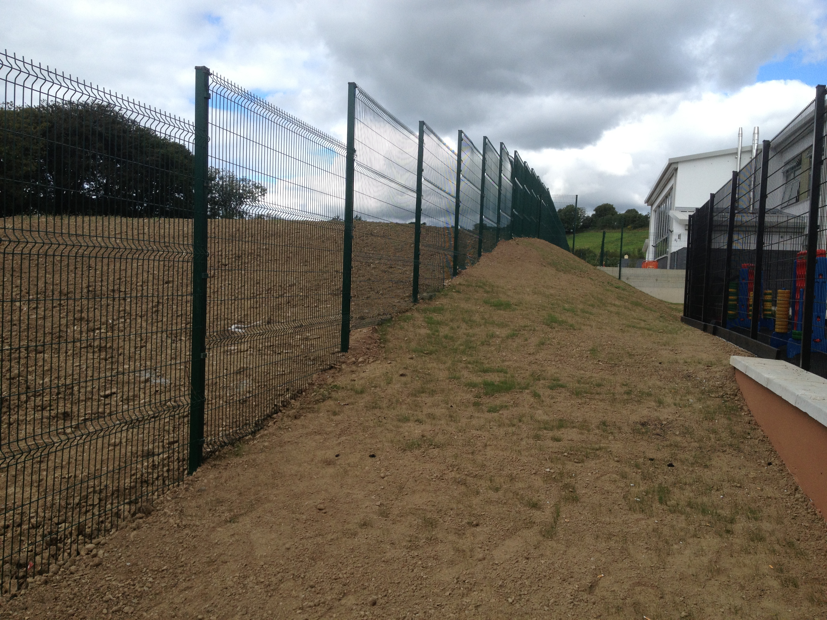 V Mesh Post & Panel System. 2430 x 3000mm (23.75 + vat / Metre)