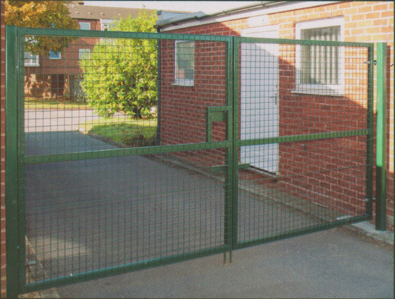 Double Mesh 4m x 2400mm Commercial Double Gate