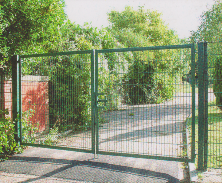 1200mm x 4000mm Residential Double Gate Kit.