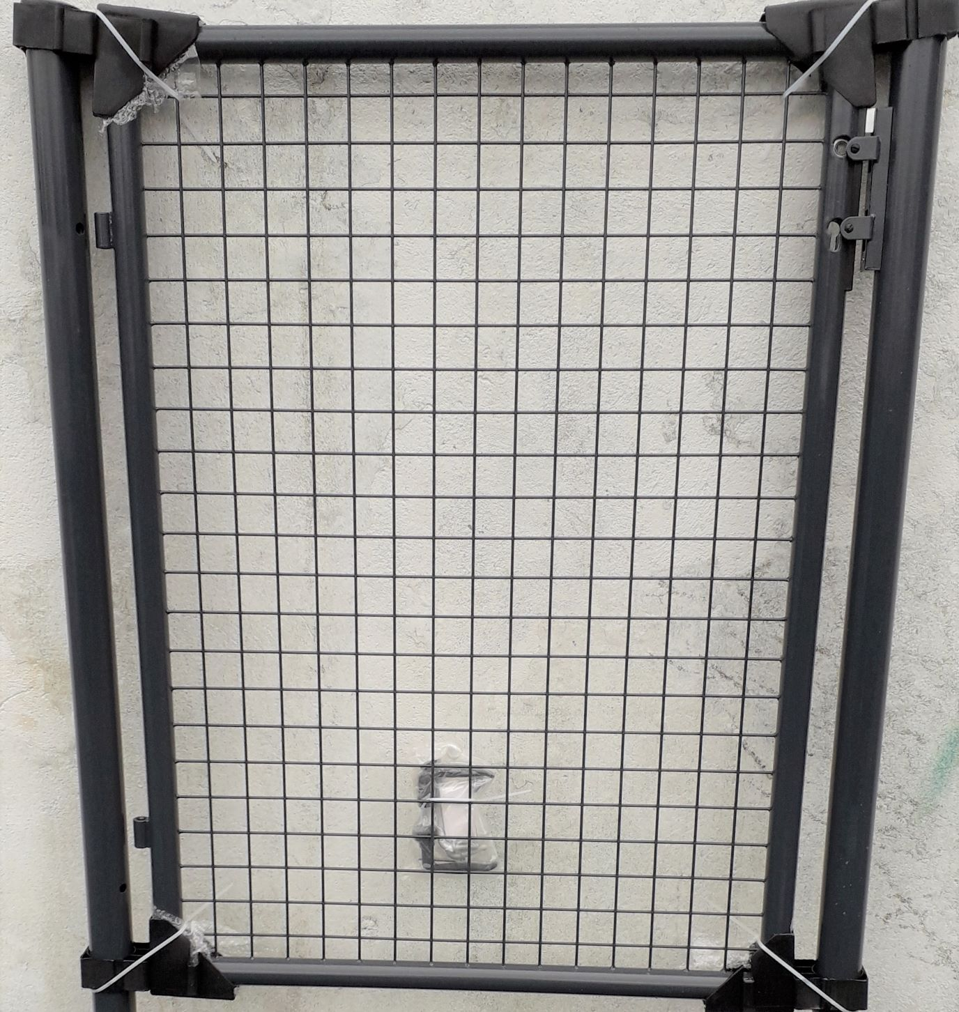 1000mm x 1200mm Residential Gate Kit. GREY Round Frame